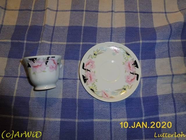©Defekte Tasse mit Unterteller (2)