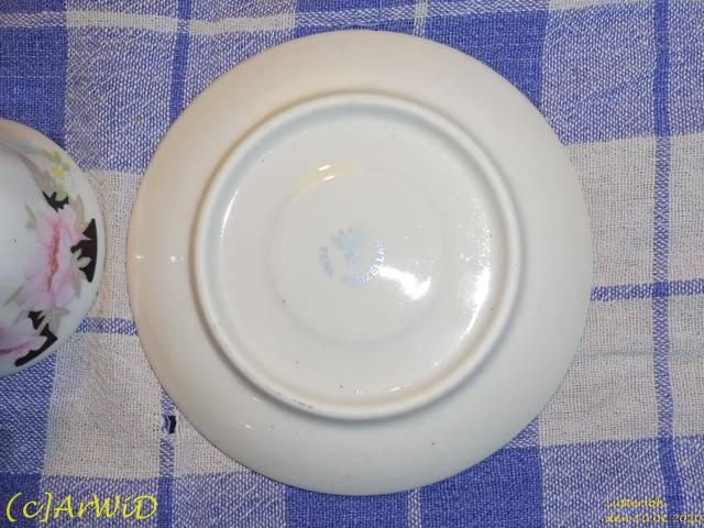 ©Defekte Tasse mit Unterteller (3)